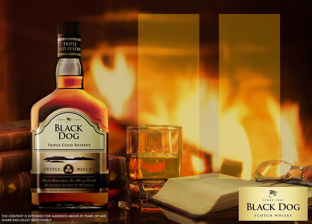 Black dog triple gold reserve whisky